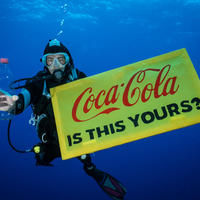 A Coca-Cola, a Nestlé, a Danone, a Mars, a Pepsi és az Unilever mondjon nemet az eldobható műanyagokra