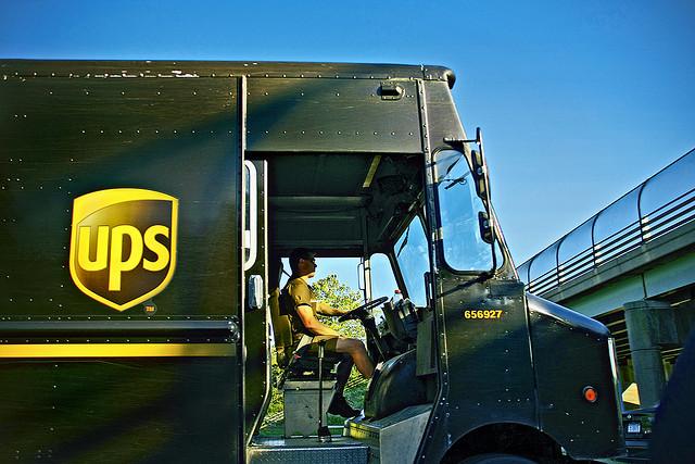 UPS-Truck-Left-Turn-1.jpg
