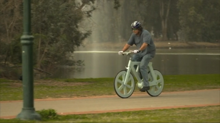 izhar-gafni-cardboard-bike-7.jpg
