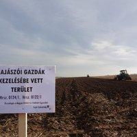 Lázadás a kormány ellen: Szántanak a kajászói gazdák