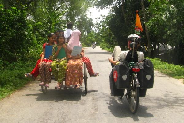 16-bangladesh-padma-rajbari.JPG