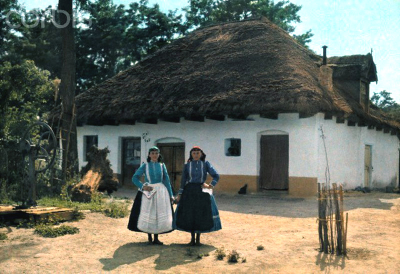 Beautiful Color Photos of Hungary in The Early of 1930s (19).jpg