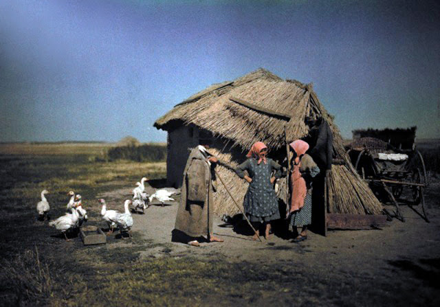 Beautiful Color Photos of Hungary in The Early of 1930s (7).jpg