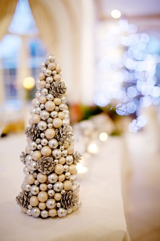 how-to-have-a-fabulously-festive-christmas-wedding-kimhawkins_co_ukcharlotte-lester-222.jpg