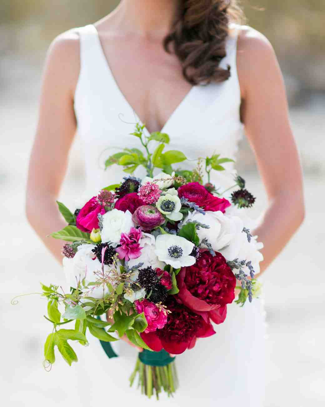 kelly_mike-wedding-bouquet-0514_vert_1.jpg