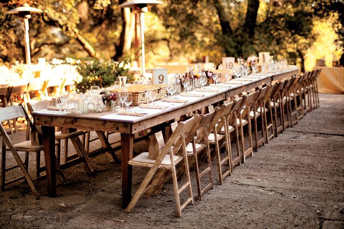 rustic-vintage-california-wedding-long-table.jpg