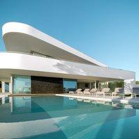 Modern luxusvilla Portugália partjainál