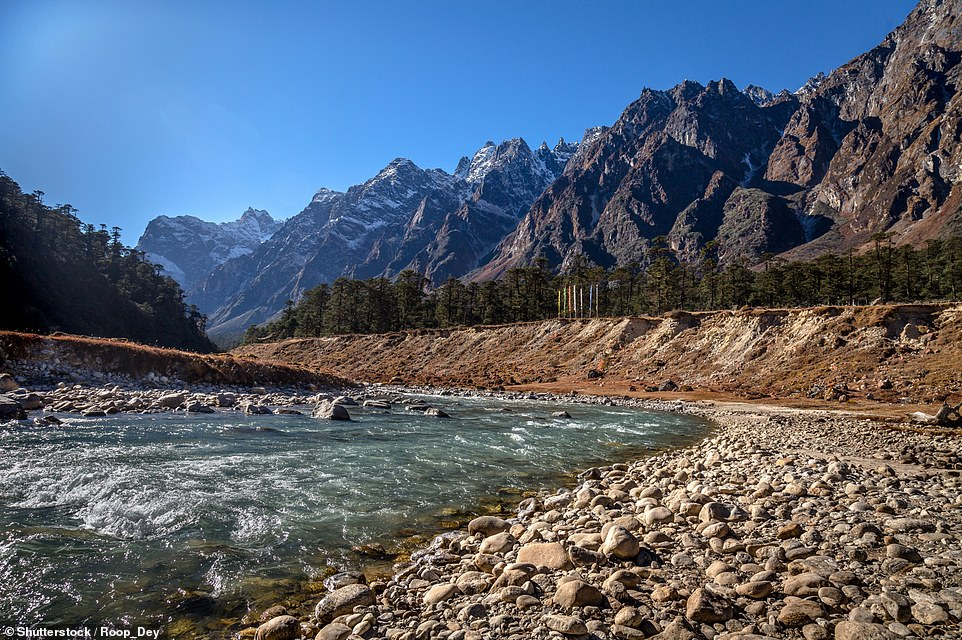 18293132-7383387-the_yumthang_valley_pictured_which_sits_at_an_elevation_of_over_-a-195_1568192699758.jpg