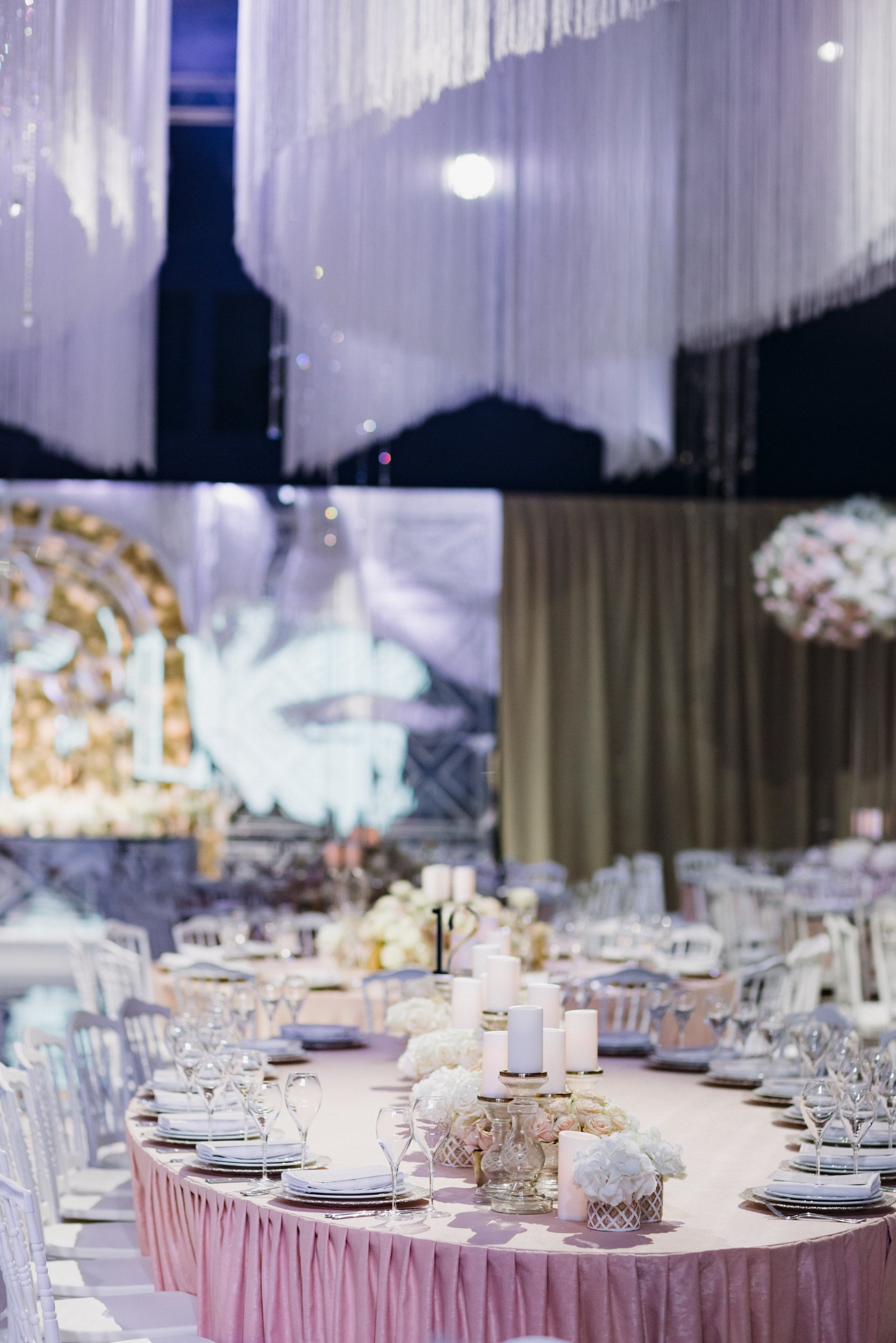 © Andrew Bayda Wedding Photography / Misha Moon Wedding Photography / JR Wedding Planner / Lidiya Simonova Decorator