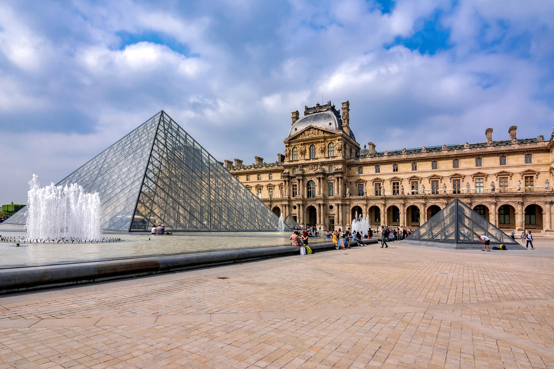 fodors_travel_guide_louvre.jpg
