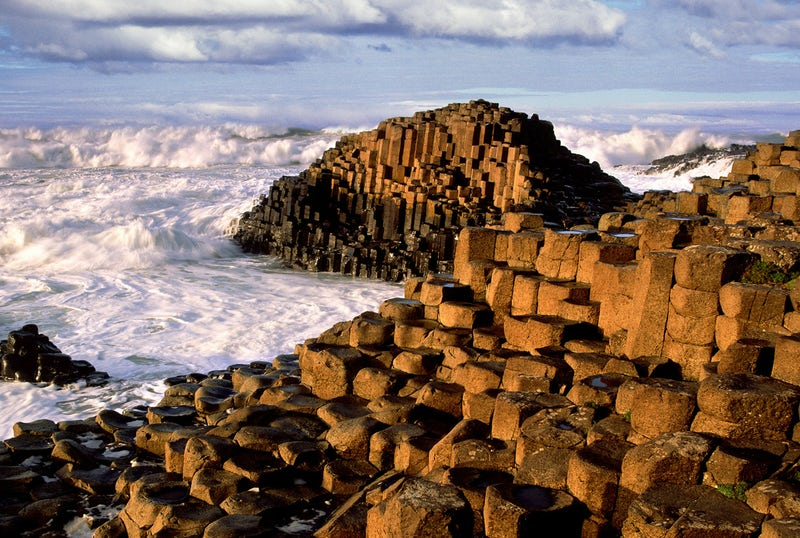 giants-causeway-and-titanic-experience-tour-from-belfast-port_58599.jpeg