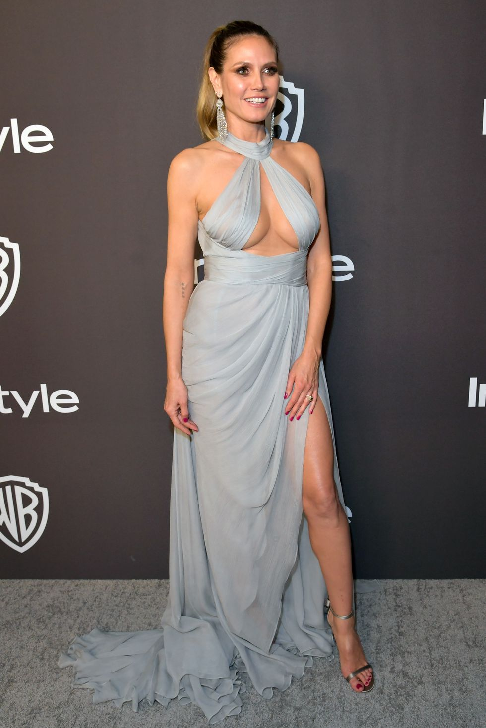 heidi-klum-attends-the-2019-instyle-and-warner-bros-76th-news-photo-1078646568-1546858830.jpg