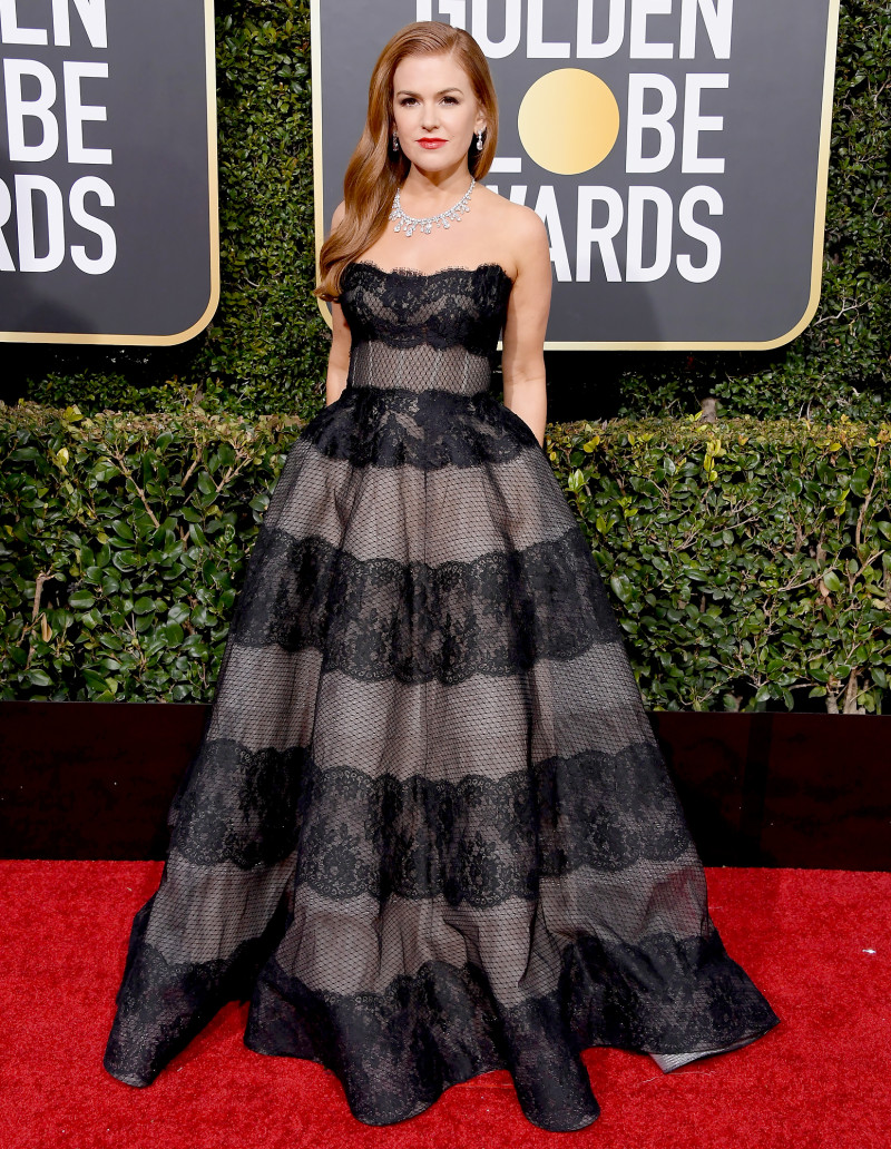 isla-fisher-golden-globes-2019_1.jpg
