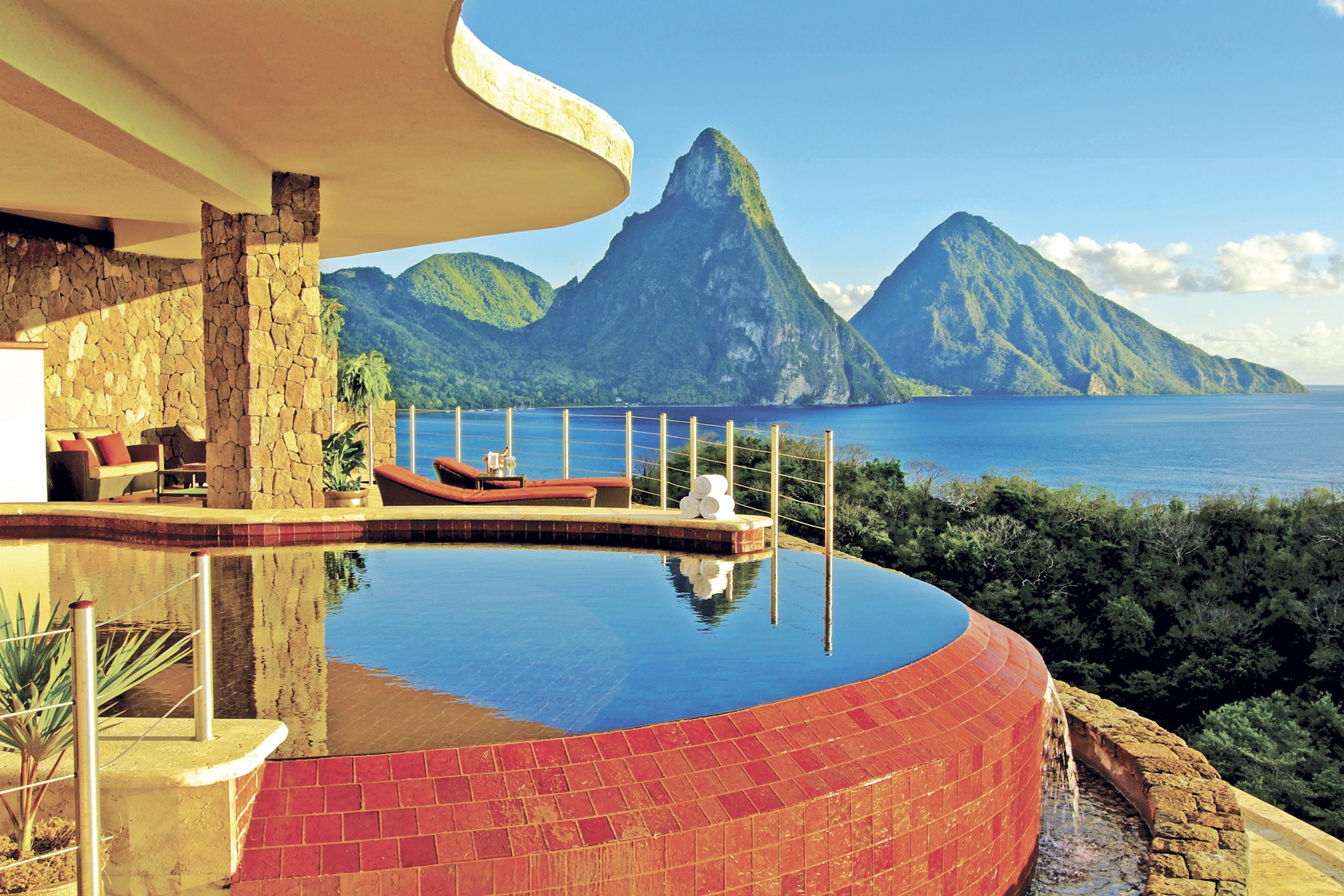 jade-mountain-sun-sanctuary.jpg