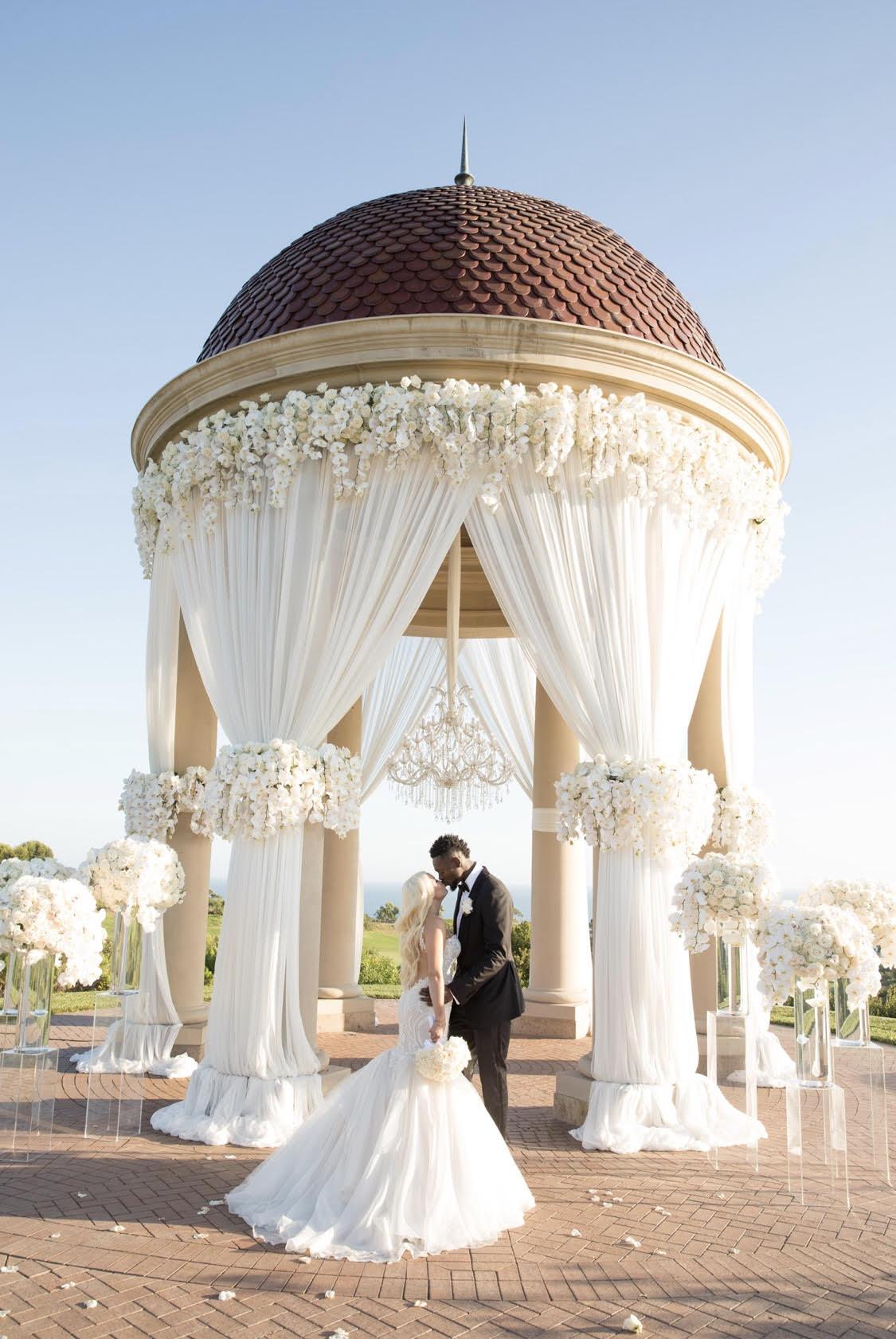 ©Duke Photography©Jeanne Savage esküvőszervező©Nisie Vorachard virágos