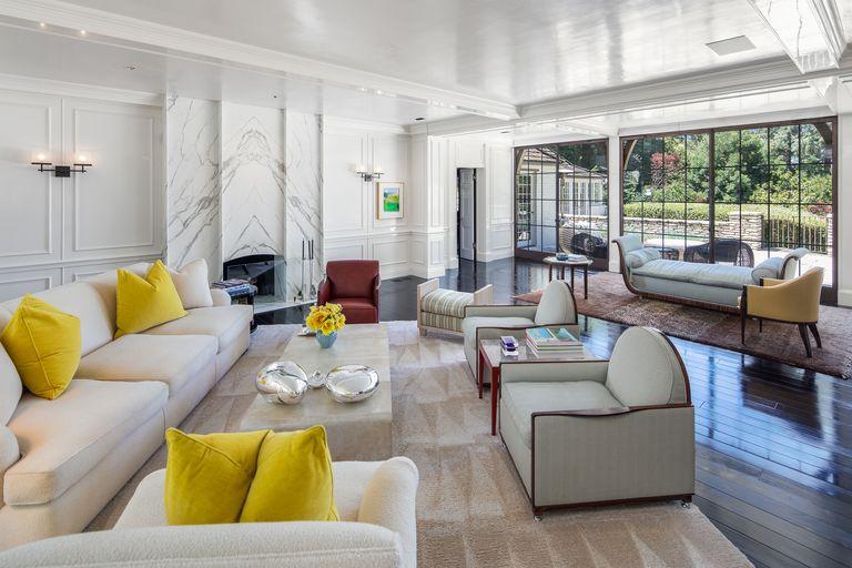 large-living-room-area-2-1576166647.jpg