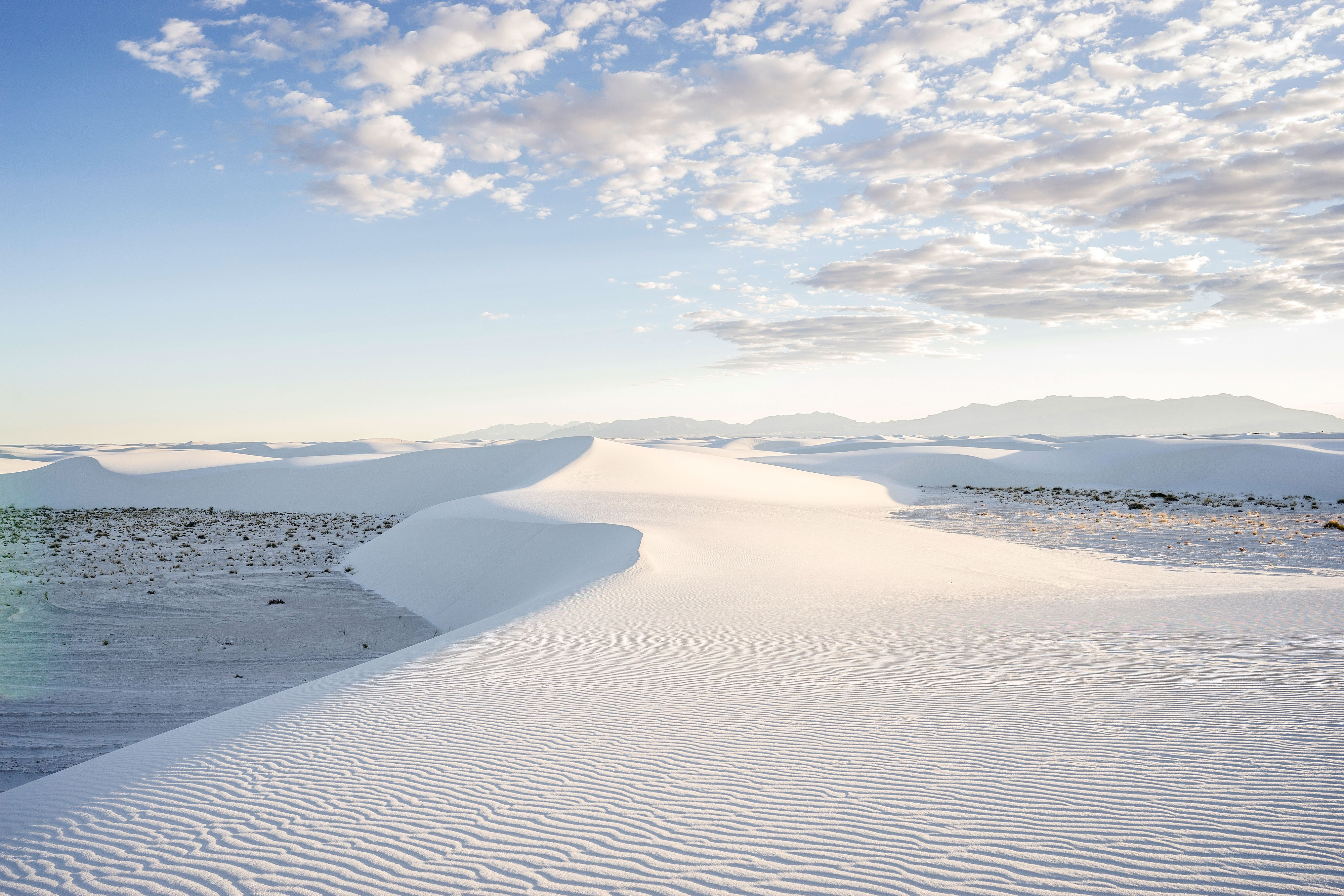 new-mexico-white-sands-gettyimages-1026457358.jpg
