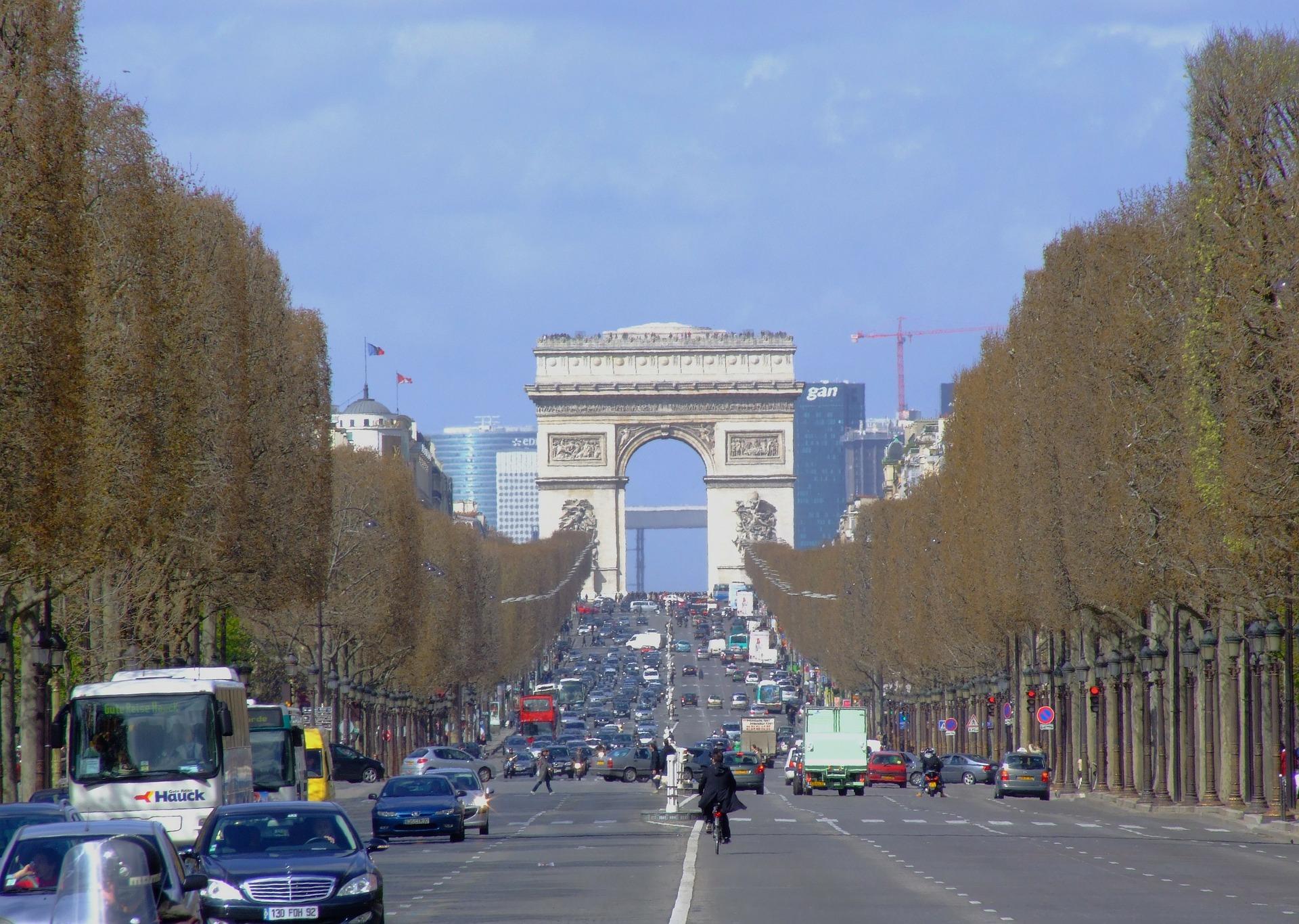 paris-91211_1920.jpg