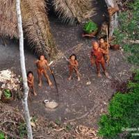 Fotók a Föld utolsó érintetlen embertörzséről