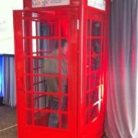 Környezetbarát telefonfülkékkel népszerűsítik a Google Voice-t