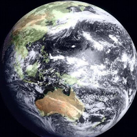 Lenyűgöző fotók: napfogyatkozás az űrből