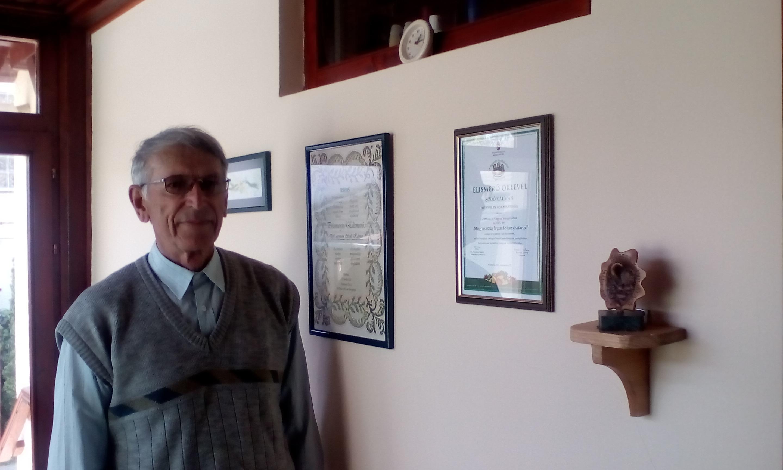 Bödő Kálmán bácsi az öko kertjével nyert díjjal