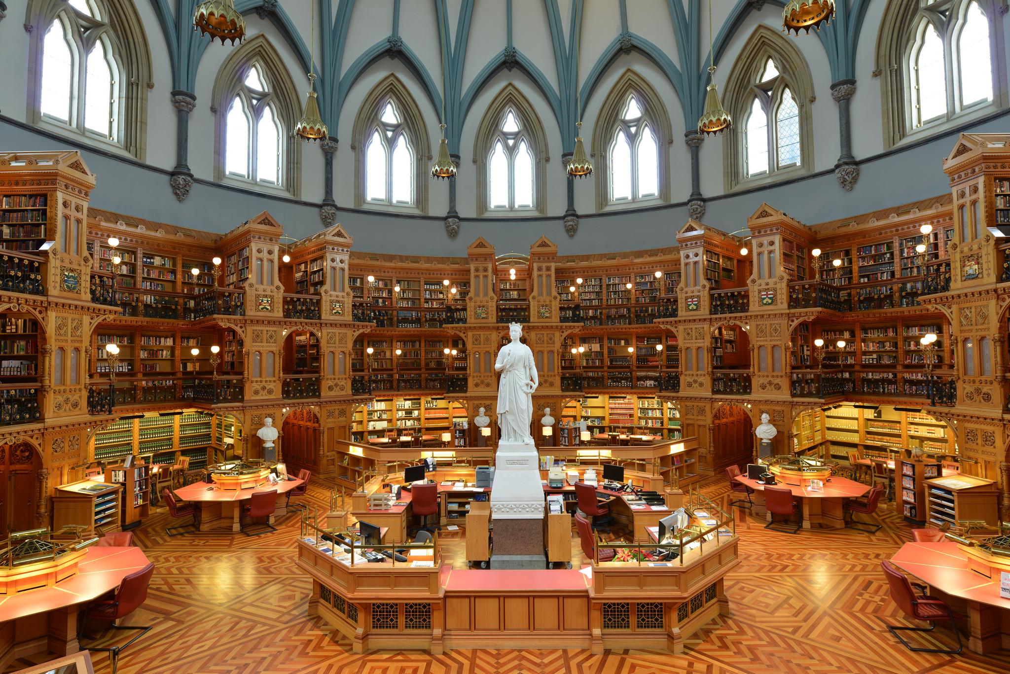 biblioth_que_du_parlement_435.jpg