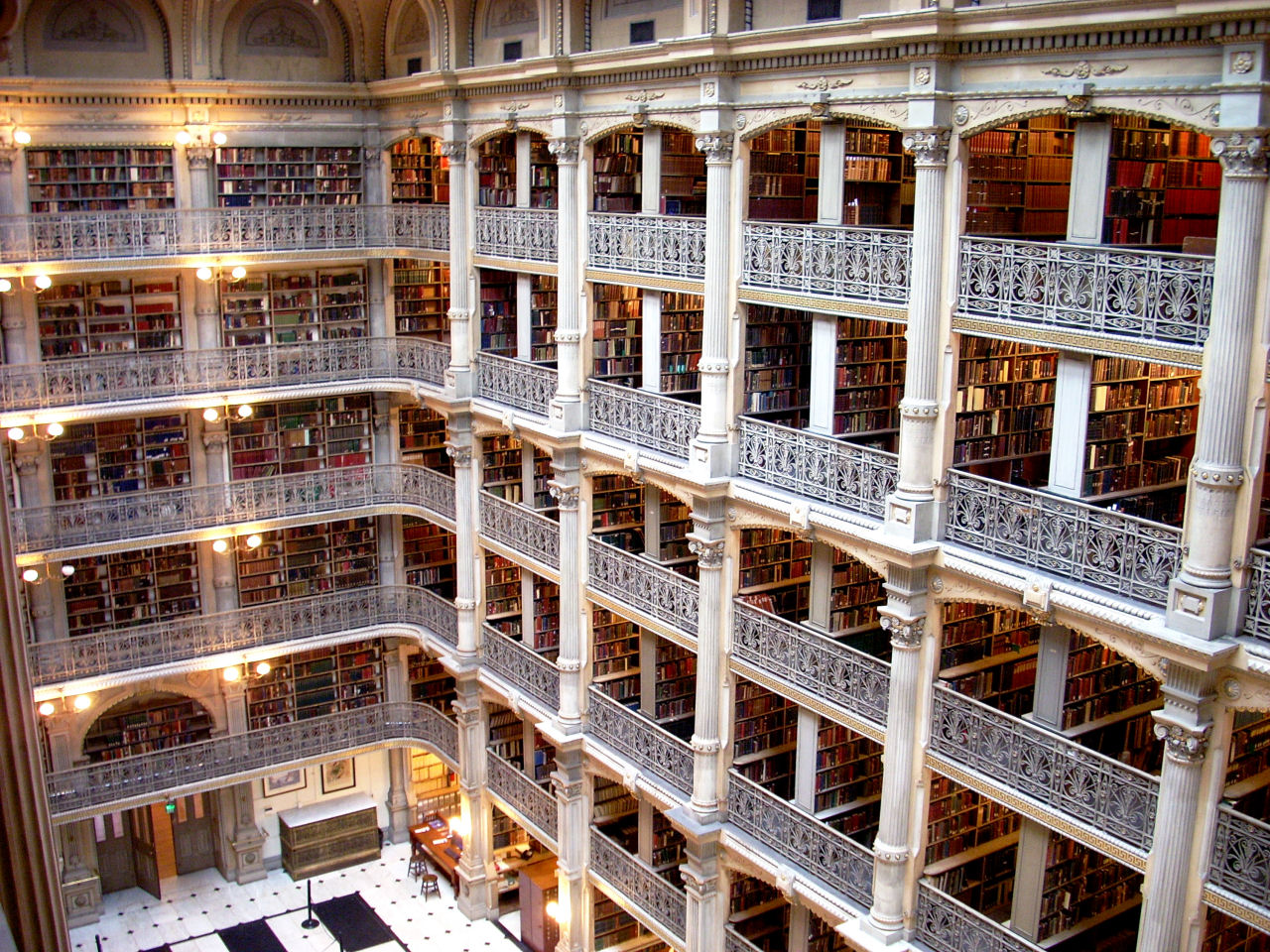 johns_hopkins_university_george_peabody_library_in_baltimore_85.jpg