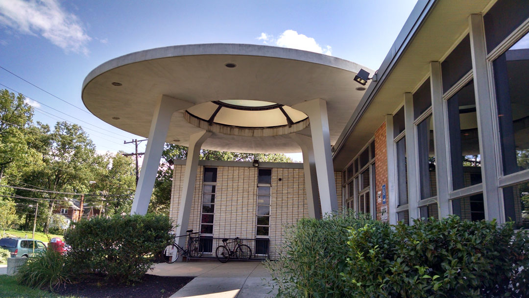 hyattsville_public_library_129.jpg