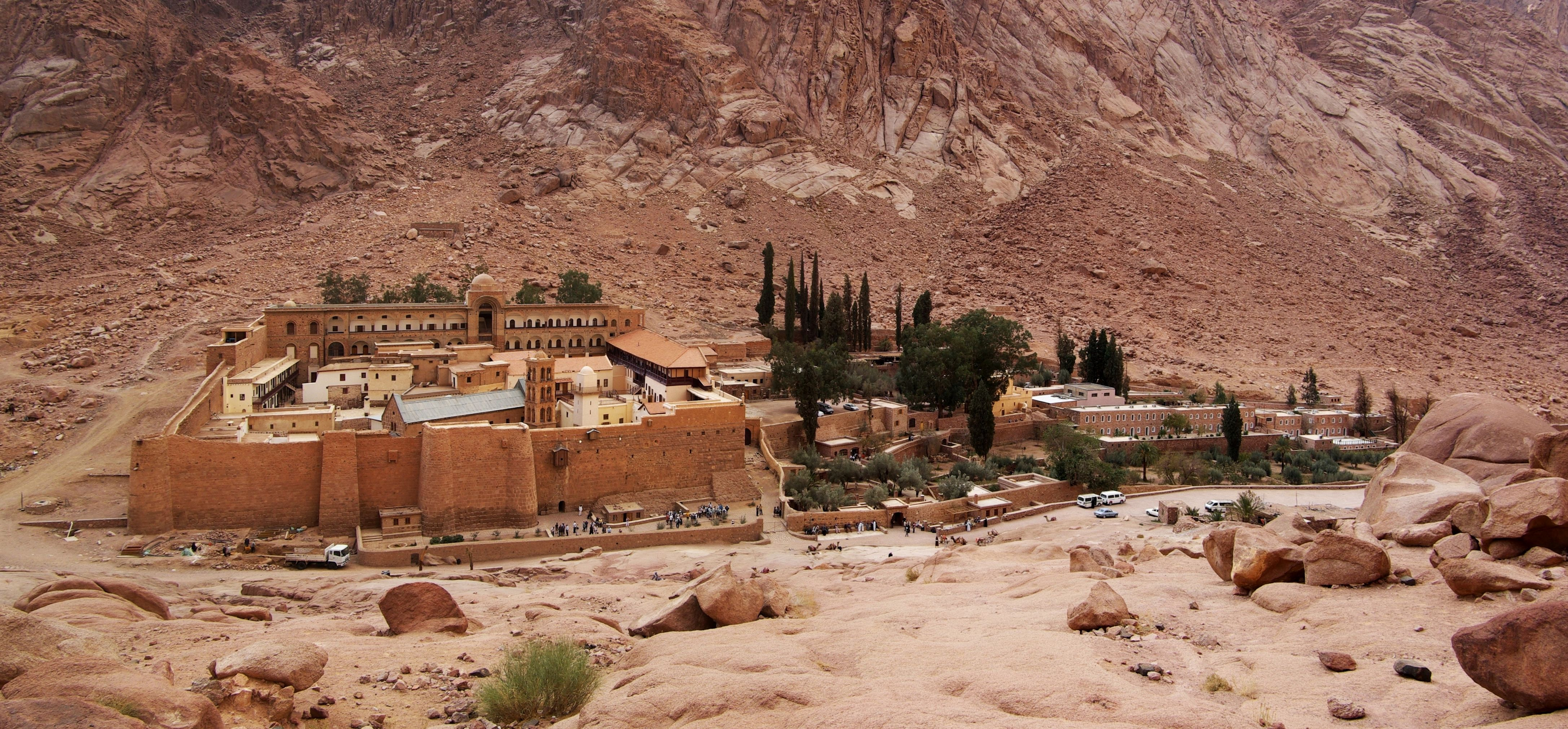 sacred_monastery_of_the_god-trodden_mount_sinai_191.jpg