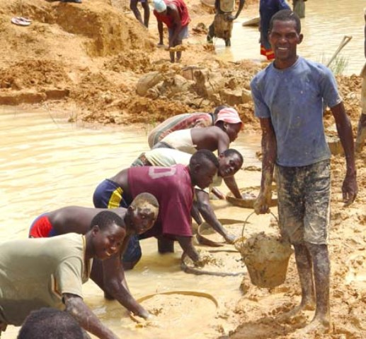 55_diamond_miners_sierra_leone.jpg