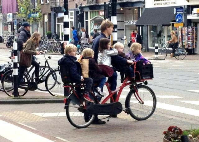 60_amsterdam-bikes.jpg
