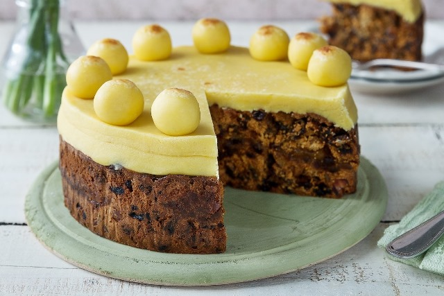 63_easter-simnel-cake.jpg