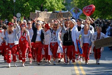 64_russ_parade.jpg