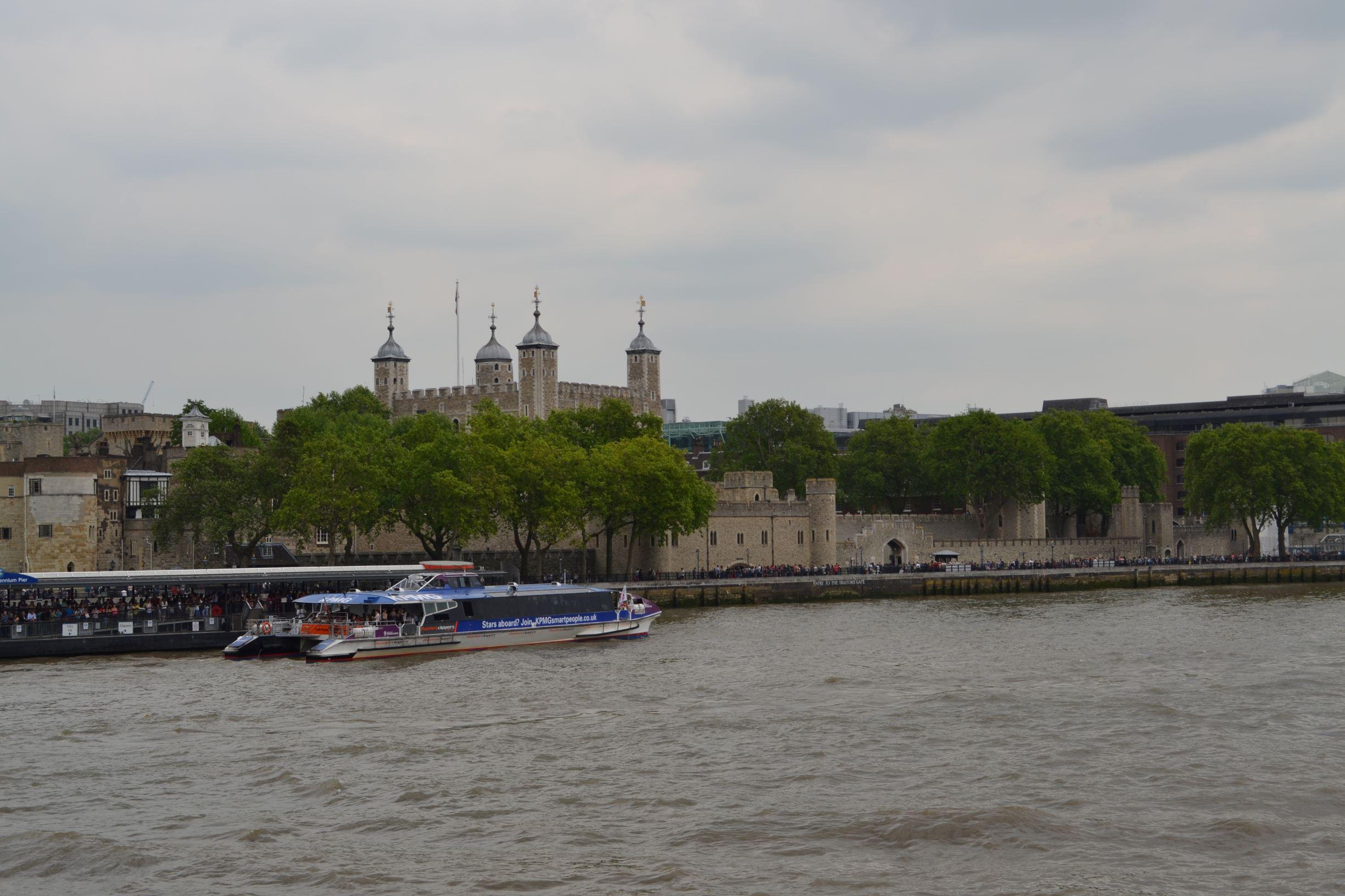 A Tower-rel szemben van az HMS Belfast, innen indultunk