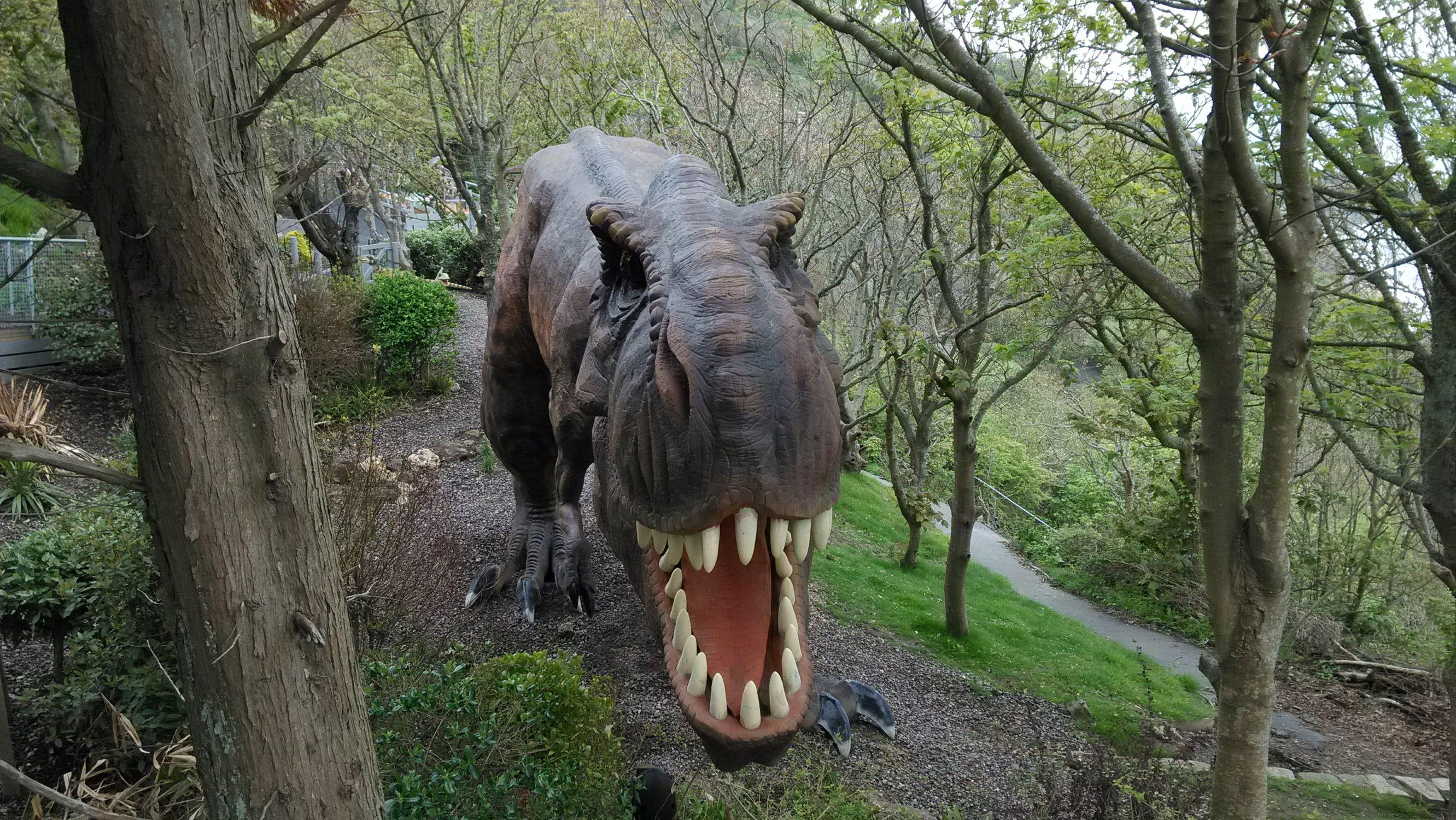 és nagyobb dinók ijesztgették az arrajárókat