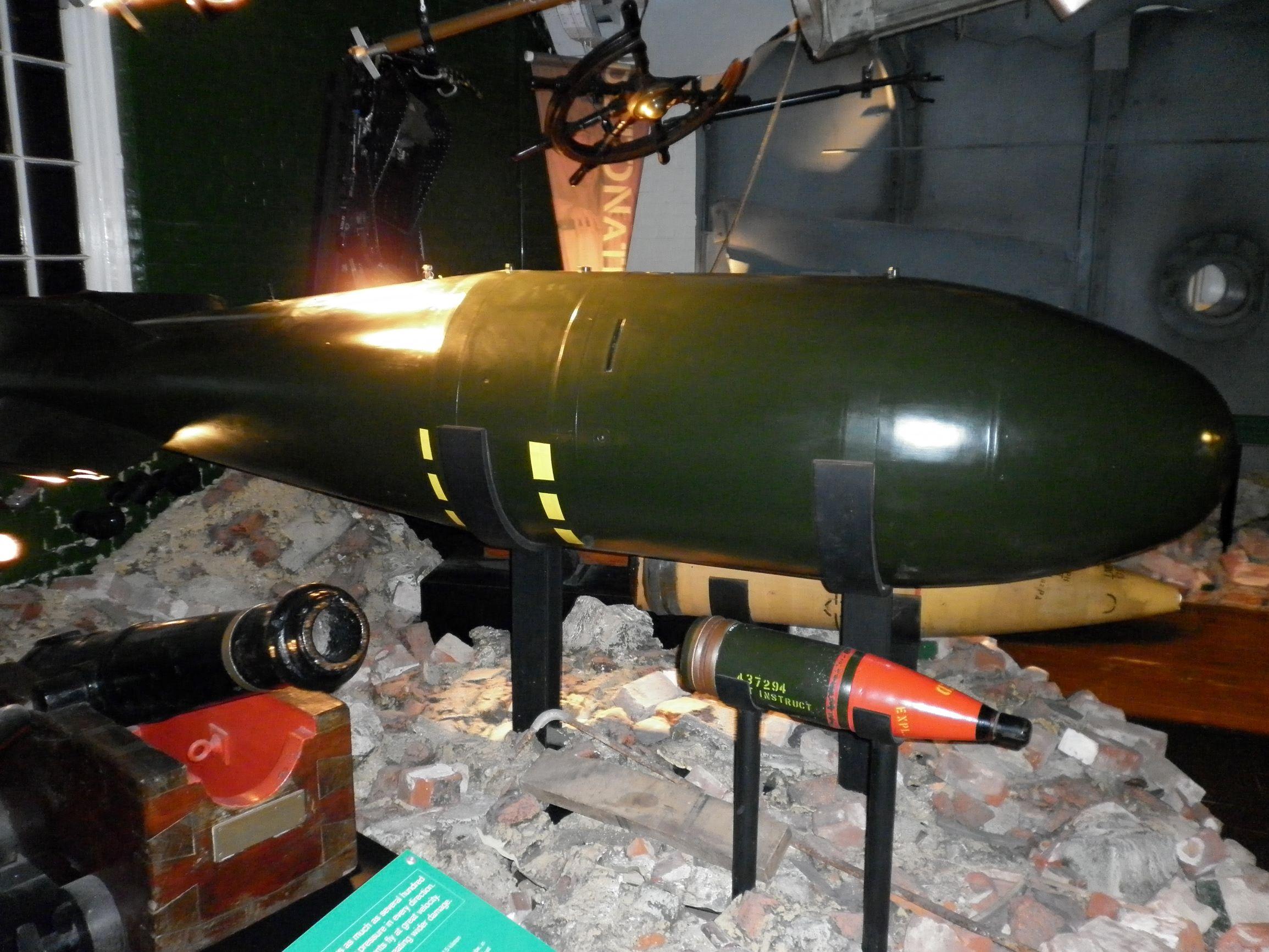 Red Beard: a Rőtszakáll. Az első brit taktikai nukleáris fegyver.