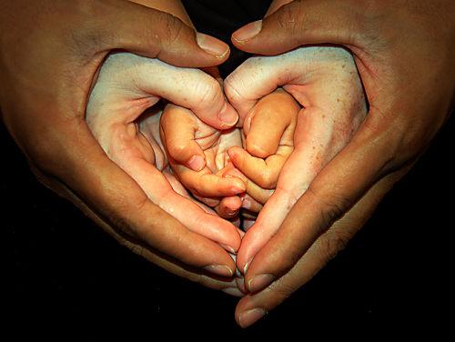 szív-kéz.jpg