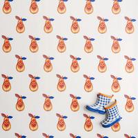 Gyümölcssaláta a falon