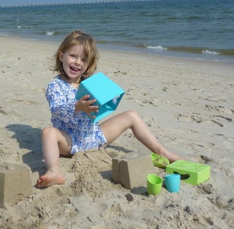zoe_b_beach_toys_life.jpg