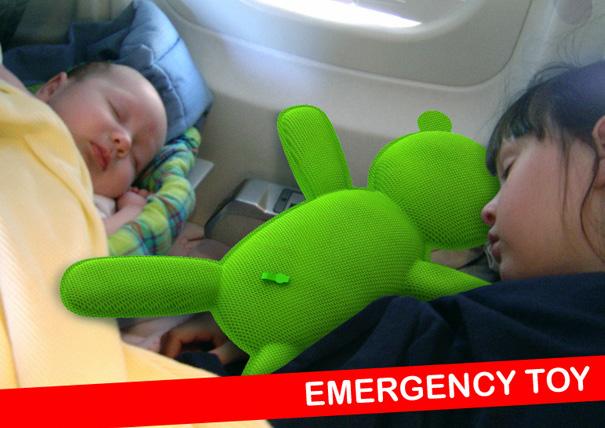 emergencytoy021.jpg