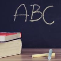 Szabad-e használni tankönyvként a tankönyveket?