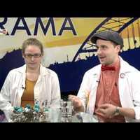 A Gyógyító Bohócdoktorok Alapítvány két bohócdoktora beszél a munkájukról a szegedi Telin Tv karácsonyi műsorában