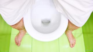 Aranyér-kisokos férfiaknak: ezért ne trónolj órákat a WC-n!