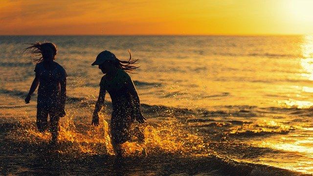 beach-4524911_640.jpg