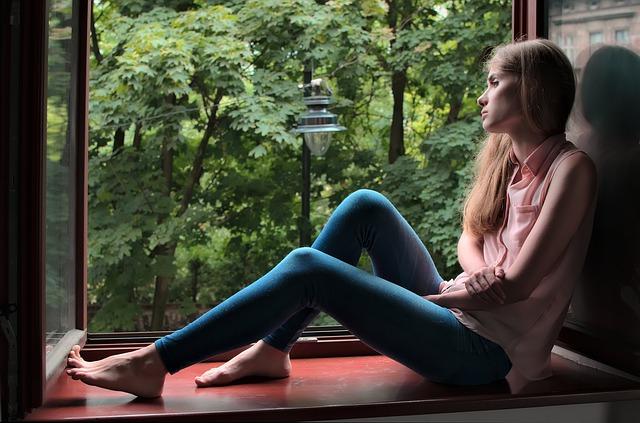 girl-4366034_640.jpg