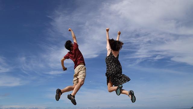 jump-2731641_640_1.jpg