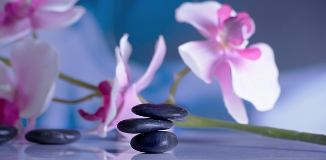 massage-599532_640_1.jpg