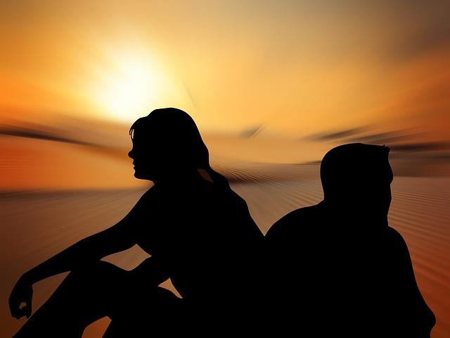 silhouettes-812125_640.jpg