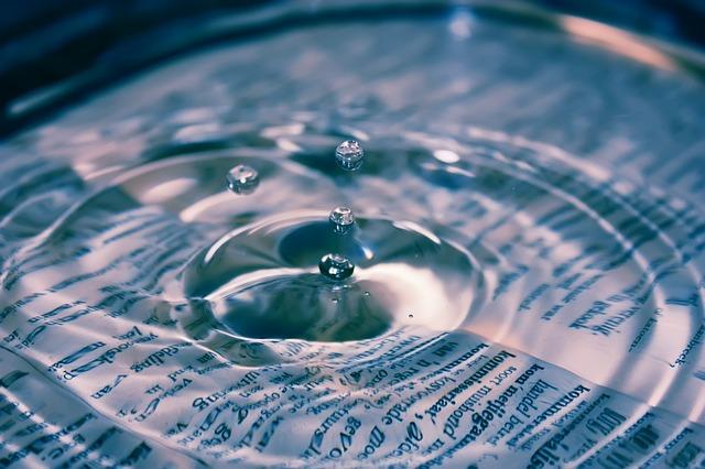 water-880462_640.jpg